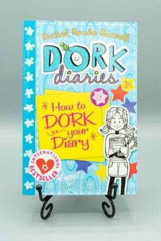 Dork Diaries: How to Dork Your Diary - Rachel Renée Russell