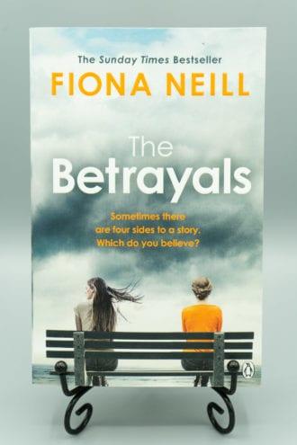 The Betrayals - Fiona Neill